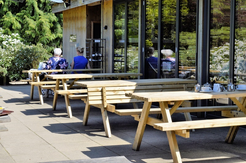 Folding-Picnic-Bench-Outside-Cafe