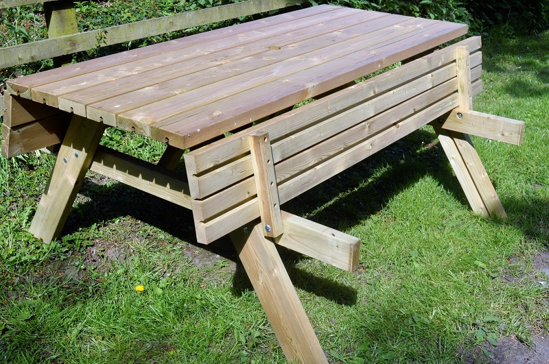 Garden-Picnic-Bench-with-Folding-Top