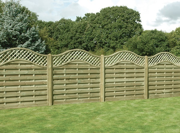 Curved-Top-Panel-Fencing